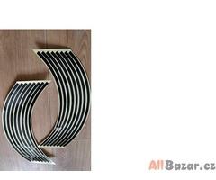 Reflexní samolepící pásky na kola - různé barvy