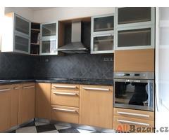 starší kuchyně