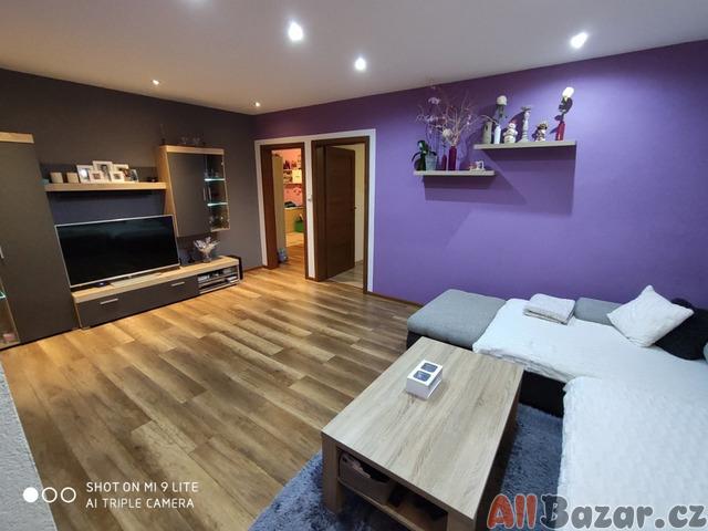 Prodej bytu 3+1 s lodžií, 74 m2, Kaplice