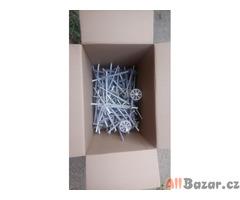 Hmoždinky a ucpávky pro kotvení fasádního polystyrenu nebo fasádní vaty