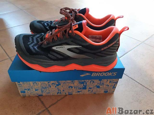 Dámské běžecké boty Brooks Caldera 4