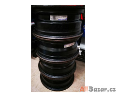4 plechové disky Volvo 6Jx15 4x114,3 67 ET44 KFZ 8270