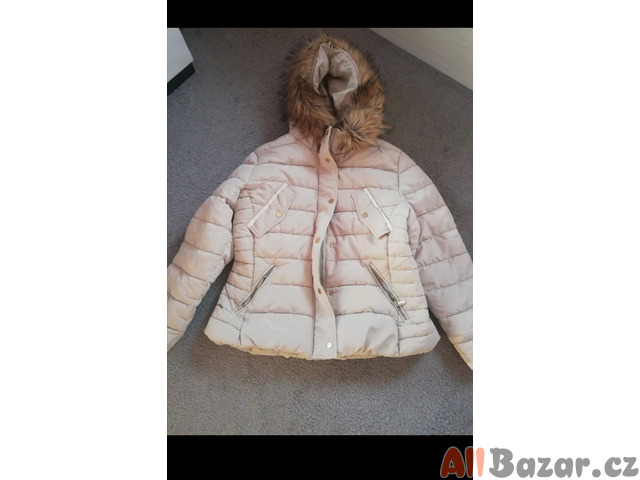Béžová zimní bunda