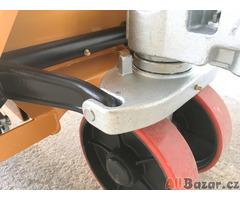 Paletový vozík M25