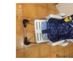 Krmící židlička