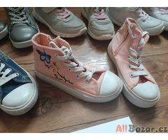 Dětské boty pro holku