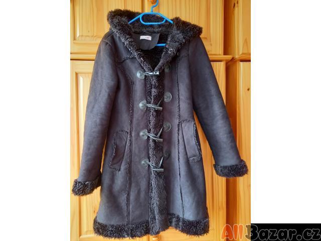 Krásný kabátek Orsay vel. 36