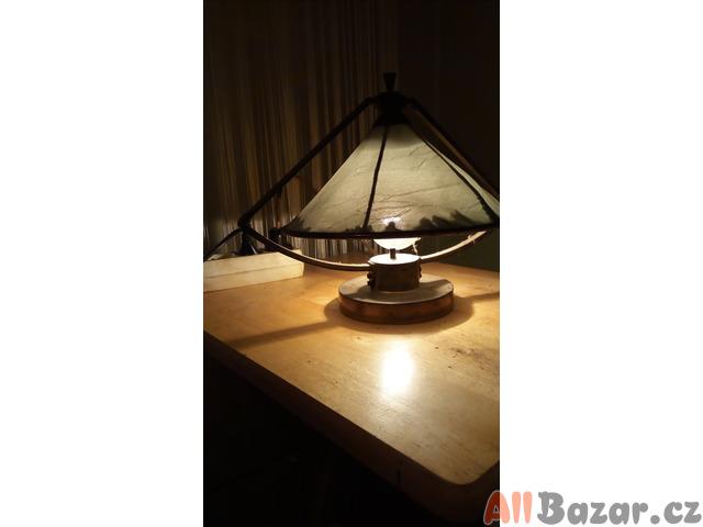 Stará lampička