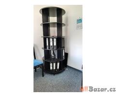 otočný kancelářská stojan