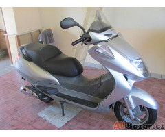Prodám skutr Honda 250ccm