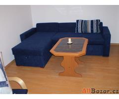 Prodám zachovalý gauč