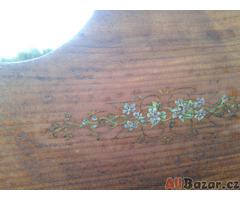 Starožitná Selská Malovaná skříň se sloupky Retro