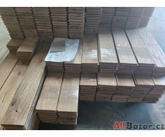 Dřevěná dubová podlaha masiv